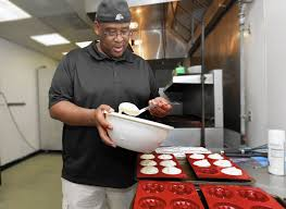 Gloucester baker takes cakes to Whole Foods in Newport News - Daily Press