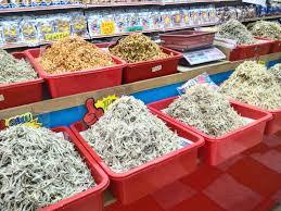 Large Seafood Store in Lumut, Malaysia ...