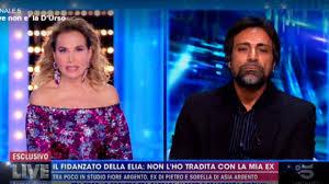 Pietro Delle Piane querelato da Daniela d'Urso, sorella di Barbara?