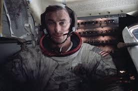 Apollo Astronaut Eugene Cernan, Last Man to Walk on the Moon, Dies ...