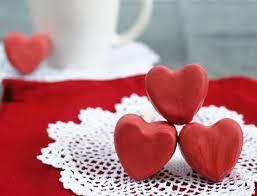 إختاري أجمل أشكال قلوب حمراء وقد ميها في عيد فالنتاين Yasmina
