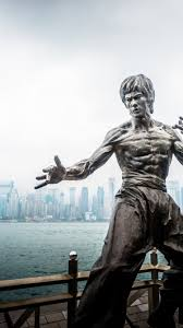 bruce lee statue from hong kong