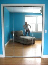 mirrored bifold doors without bottom