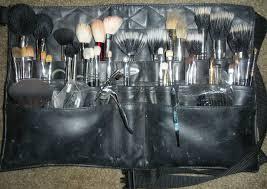 organizing brushes in your kit