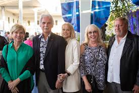 Guests party amongst the fish at Mote Marine Laboratory & Aquarium - Marge  Maisto, Jim Culter, Jan Miller, Dena Smith and Neal Hughes | Your Observer