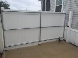 Vinyl Fence White Gates Bracing Dogwood Home Lake Alfred Fl Sfrpolk 04 Superior Fence Rail Polk County Inc