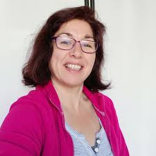 Rosa Smith - Online English Tutor on Cambly
