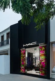 mac beverly hills on north beverly is