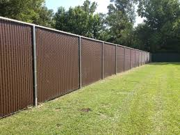 Privacy Slats In 8 Ft Tall Chain Link Fence Chain Link Fence Cost Privacy Fence Panels Aluminum Fence