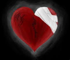 صور قلوب مجروحة وحزينة