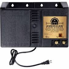 American Farmworks 240 Mile Ac Powered Low Impedance Charger Eac240m Afw At Tractor Supply Co