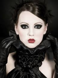 gothic makeup and how to do it wiseshe