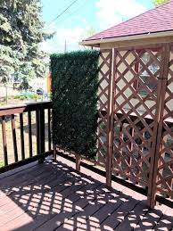 Deck Updates How To Build A Faux Boxwood Wall Catherine Day Dreams