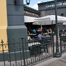 Why Use Commercial Outdoor Movable Fencing Commercial Fencing For Restaurants Hotels Condos And More