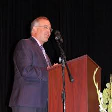 Isidore Newman School | David Brooks Gives an Insider's View of the  Presidential Race