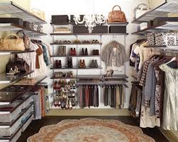 organize a walk in closet on a budget