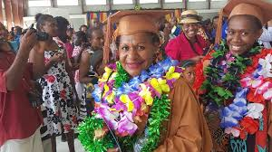 vanuatu mother of three overcomes obstacles graduates from university