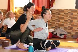 200 hour ashtanga yoga teacher