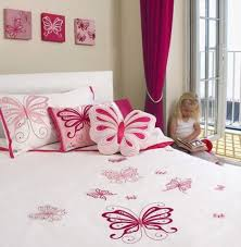 Beautiful Butterfly Theme Girl Bedroom Design 1 Kids Bedroom Themes Toddler Room Decor Butterfly Bedroom