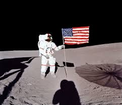 Today in golf: Alan Shepard plays golf on the moon