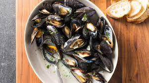Mussels with White Wine and Garlic ...