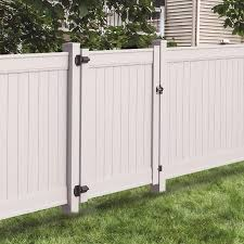 Freedom Emblem 5 Ft H X 5 Ft W White Vinyl Flat Top Fence Gate In The Vinyl Fence Gates Department At Lowes Com