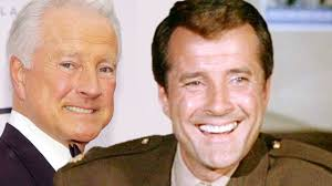 Lyle Waggoner of The Carol Burnett Show ...