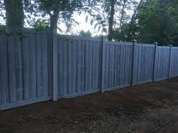 Gray Ashland Series Simtek Dark The Simtek Fence Is Our Favorite Style Of Fence It Can Withstand Extreme Wind And Weat Fence Outdoor Decor Outdoor Structures