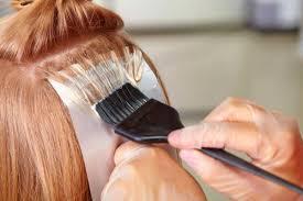 تفسير صبغ الشعر في المنام للعزباء وللحامل وللرجل بالتفصيل زيادة