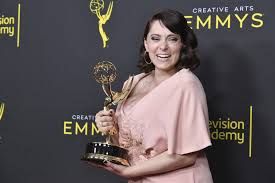 Crazy Ex' star Rachel Bloom wins Emmy, announces pregnancy - The Mainichi