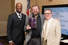 Troy Smith receives 2018 Outstanding Diversity Advocate Award | Tech Times