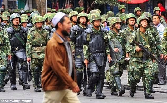 Dokumen Tunjukkan Tindakan Keras China ke Muslim Uighur