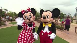 Feliz Cumpleanos Mickey Y Minnie Mouse Cnn