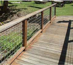 3 Ft Tall Fence Ideas Hog Wire Fence Make Excellent Protection For Hogs And Every Other Type Hog Wire Fence Backyard Fences Fence Design