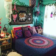 bohemian bedroom decor