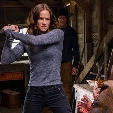 Kelly Overton ~ Wikipedia - van Helsing ~ TV Series litrato ...
