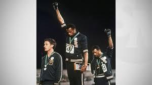 17 octobre 1968 le poing des black