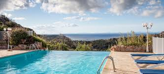 Infinity Pools Pros And Cons To Installing One In Your Backyard Doityourself Com