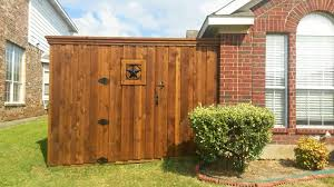 Want To Build A Fence Yourself Here S How You Should Go About It