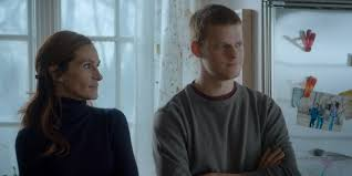 Lucas Hedges and Julia Roberts Co-Star in an Extremely Not Festive New  Christmas Movie, Ben Is Back | W Magazine | Women's Fashion & Celebrity News