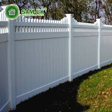 China 6 X 8 Vinyl Private Fence With Top Lattice Uneven Ground China White Vinyl Privacy Fence White Vinyl Privacy Fencing