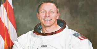 Jack Swigert Biography - Facts, Childhood, Family Life & Achievements of  Astronaut