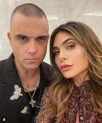 "Coronavirus: Robbie Williams ""Prayed for Symptoms"" While Isolating ..."