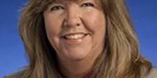 Gloria Johnson wants Smith to denounce ads