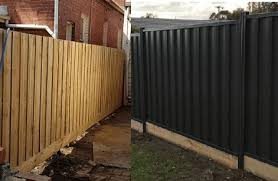 Timber Vs Colorbond Colorbond Fencing Timber Fencing