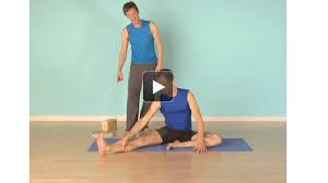side bending yoga poses