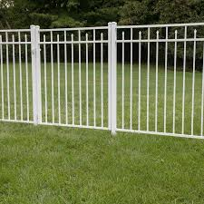 Freedom Standard Concord 4 5 Ft H X 6 Ft W White Aluminum Flat Top Decorative In The Metal Fence Panels Department At Lowes Com