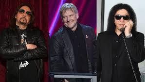 Ace Frehley Recalls Alex Lifeson Antic That Drove Gene Simmons Crazy |  iHeartRadio