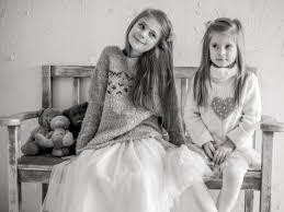 ملابس اطفال وفساتين رائعة جدا فخمة وانيقة للاطفال