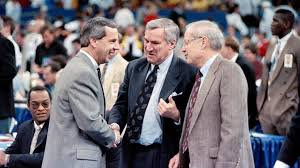 Roy Williams' pursuit of Dean Smith's win total taps new emotions | Raleigh  News & Observer